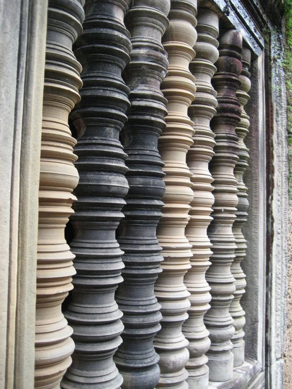 Balluster detail at Angkor temple