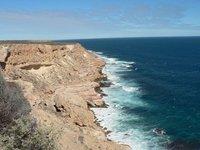 Kalbarri - Cliffs south of natural bridge