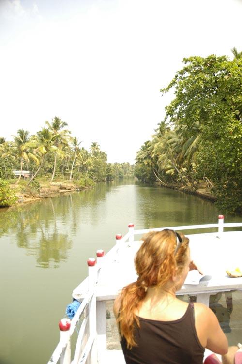 Kollam backwaters boat ride