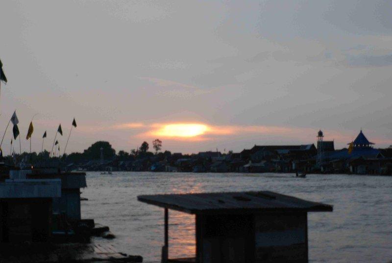 sunset kumai river
