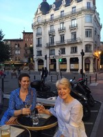 Kerrie and Jaci - wine in Toulouse