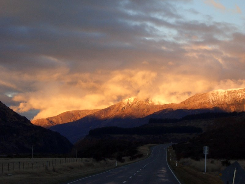 lewis pass at dusk