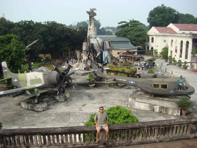 LT-at-Army-Museum.jpg