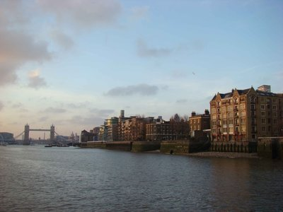 Thames-Cru..-Bridge.jpg