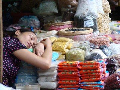 Women-slee..-Market.jpg