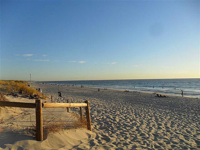 Scarborough Beach (Aussie style)