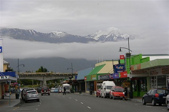Mountains from Kaikoura High St