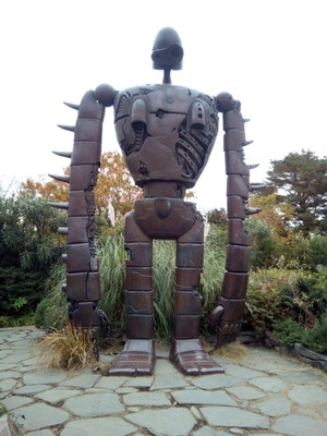 The Iron Giant on the roof of the Studio Ghibli Museum
