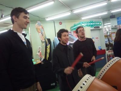 A Kiwi, a Guatemalan, and an Argentinian at the Akihabara arcade